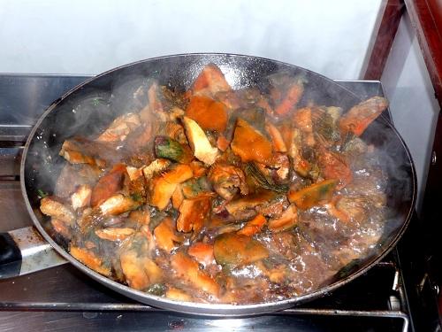 les champignons cuisent...