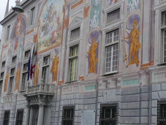 façade du palais san Giorgio