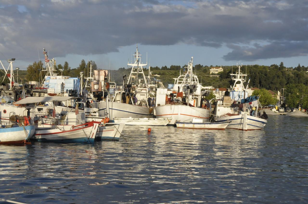 LE PORT DE PEFKI… que des pêcheurs.